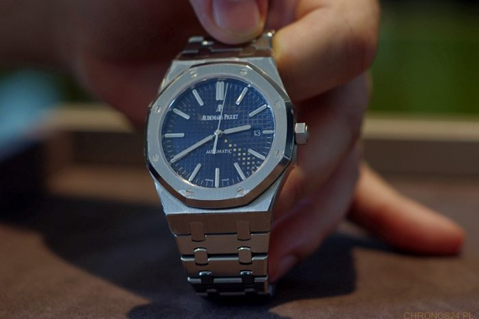 """Hands-On"" Audemars Piguet Royal Oak Selfwinding"
