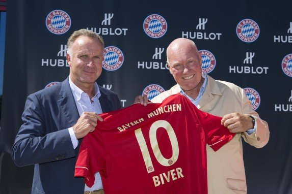 Karl-Heinz Rummenigge (FC Bayern) i Jean-Claude Biver