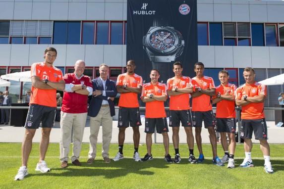 Karl-Heinz Rummenigge (FC Bayern), Jean-Claude Biver i piłkarze