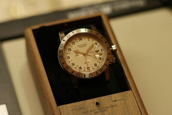 ... stylowe drewniane pudełko