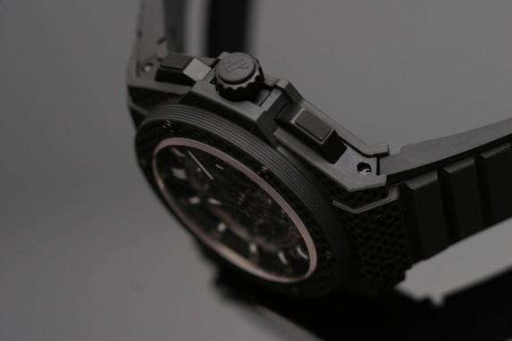 KP UNICO All Carbon - włókno węglowe, kompozyt, tytan, guma i szafir
