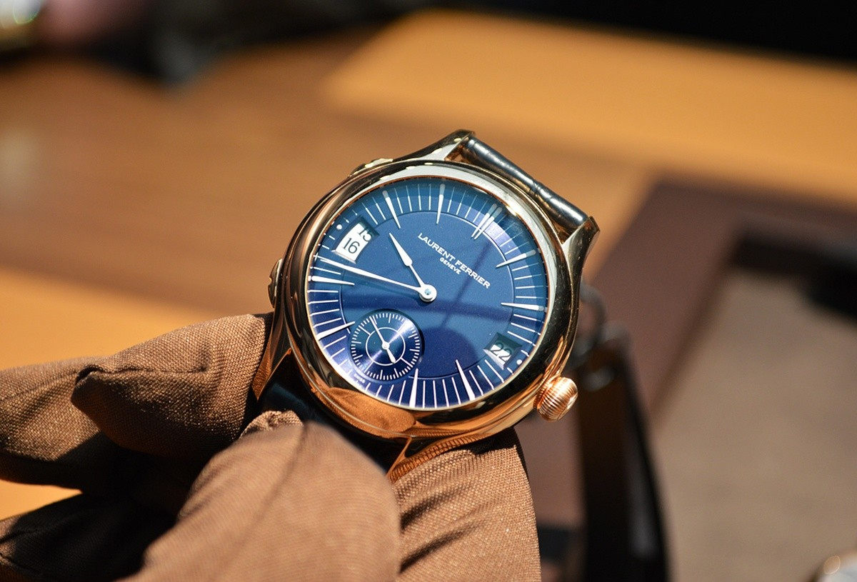 Basel 2013: Laurent Ferrier Galet Traveller