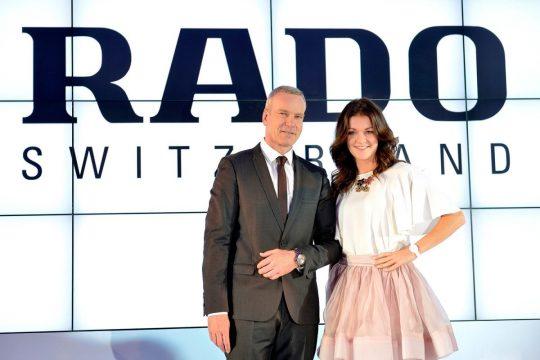 Matthias Breshan (CEO RADO) i Agnieszka Radwańska