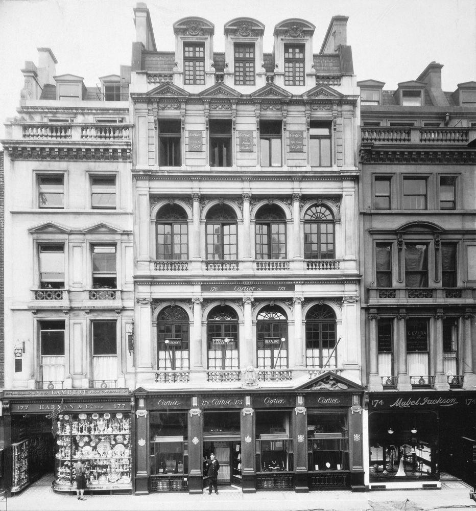 Londyński butik przy New Bond Street (1909 rok)