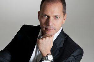 Alexander Bennouna (Dyrektor Działu Zegarków)