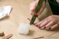 Odcinanie fragmentu skóry na szlufkę