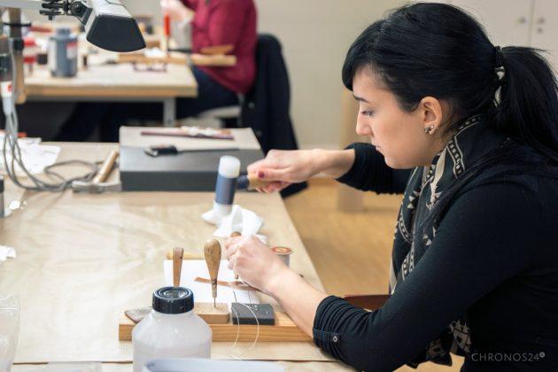Production of Hermès watch straps