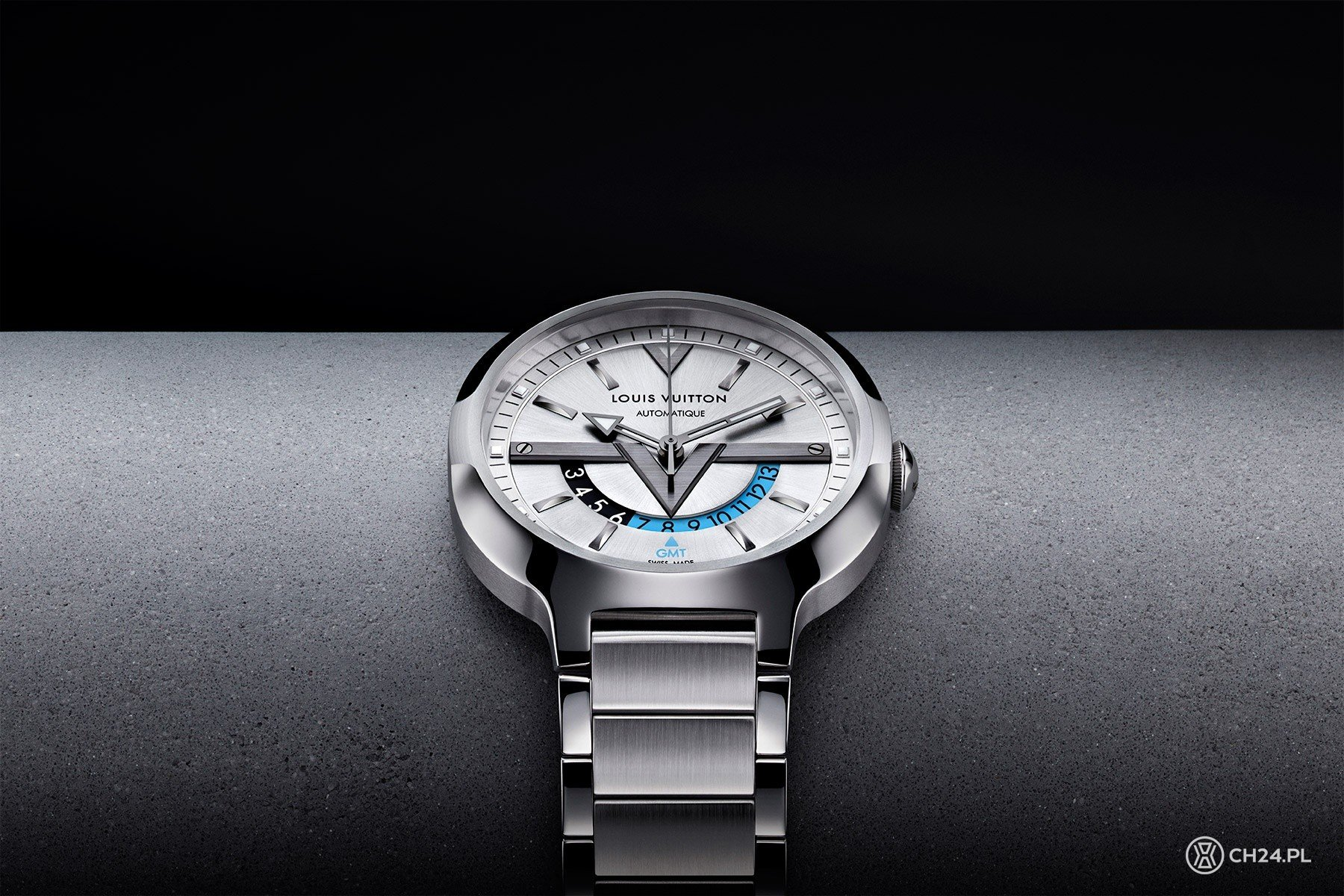 f6818251cfe90 Louis Vuitton Voyager GMT Automatic Dual Time Zone