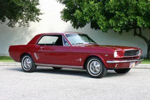 Ford Mustang z 1966 roku / foto: lindas66stang.com
