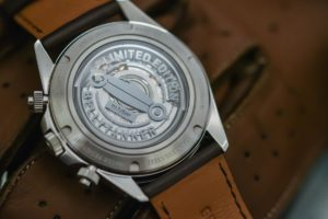 Bell & Ross BR V2-94 Bellytanker / foto: monochrome-watches.com