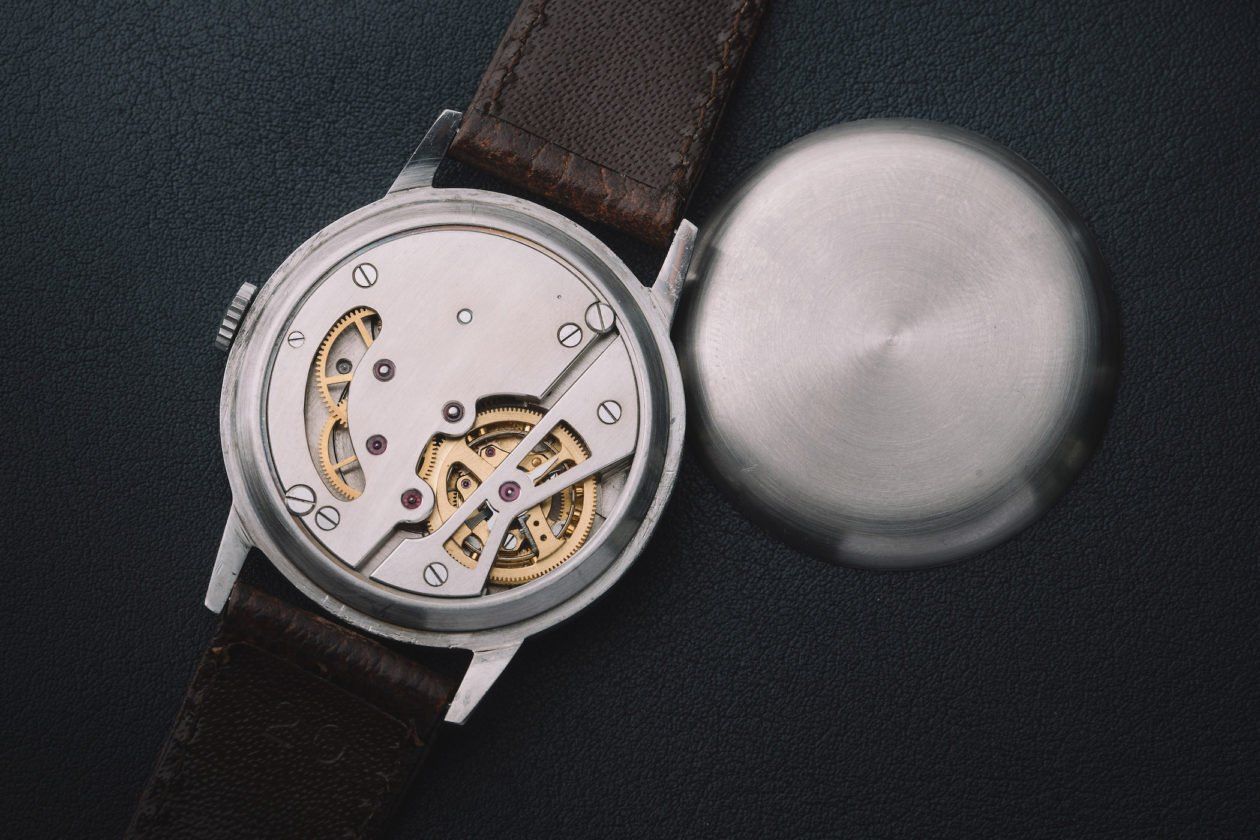 Omega Tourbillon 30 I z 1947 roku / foto: Phillips