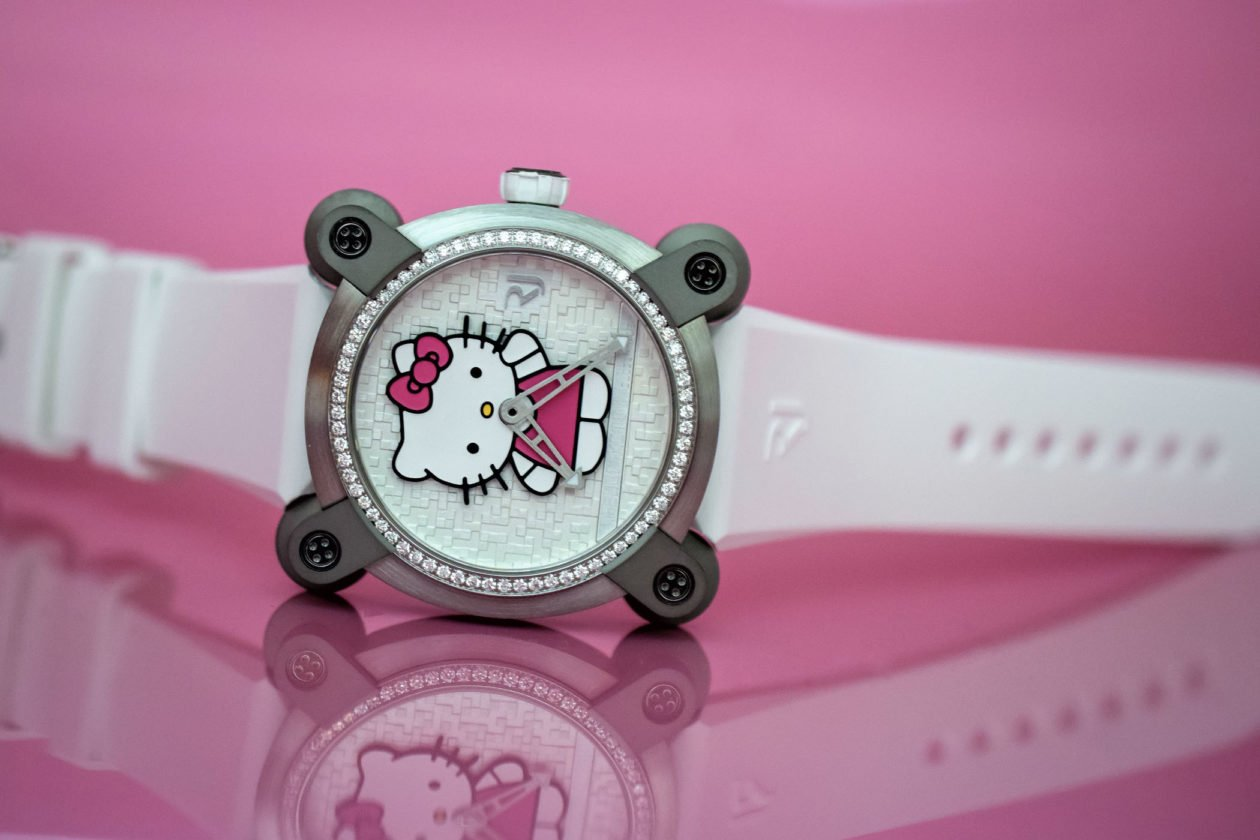 Romain Jerome Hello Kitty / foto: monochrome-watches.com