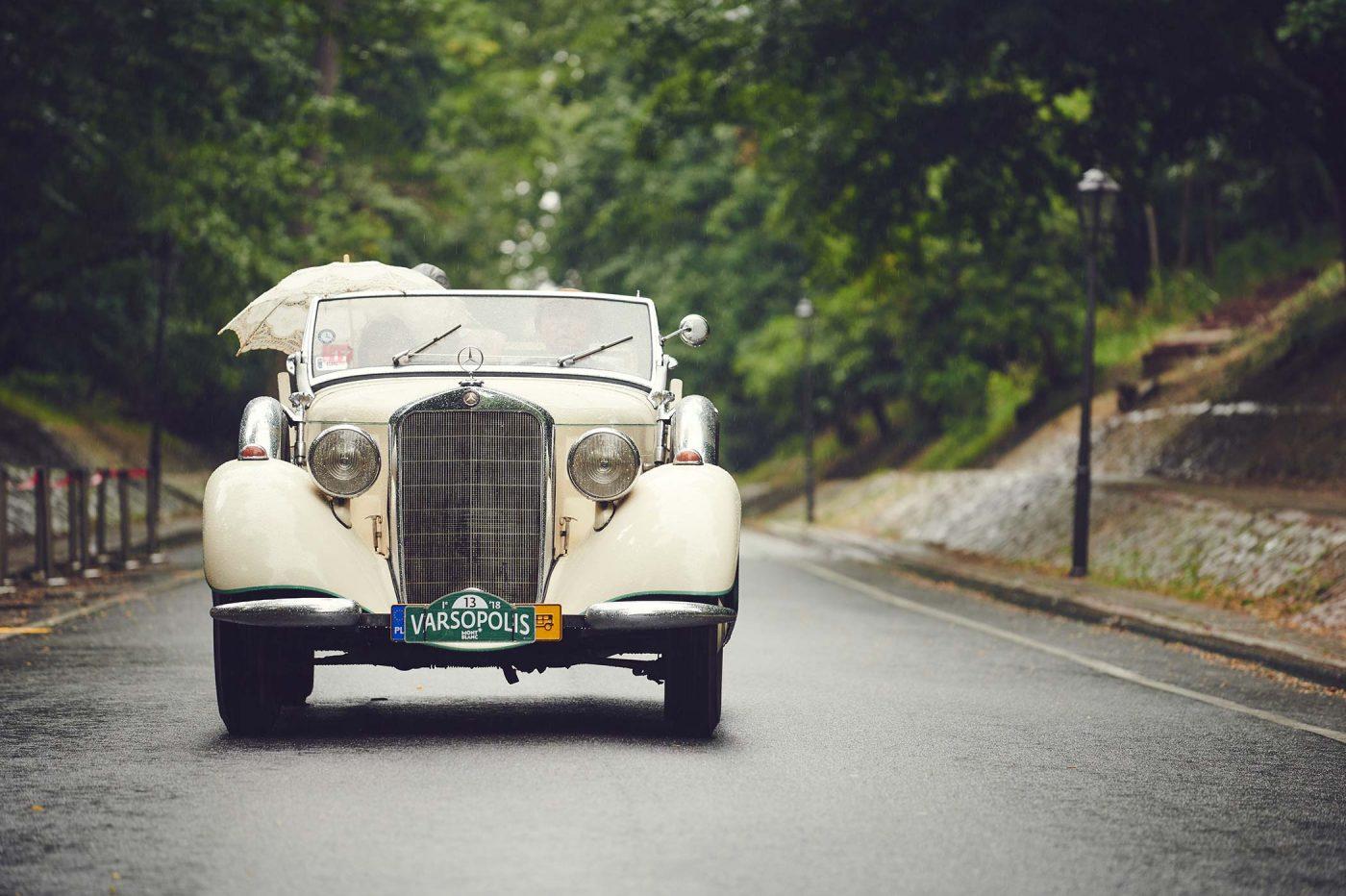 Varsopolis – zabytkowe auta w Łazienkach Królewskich [dużo zdjęć]