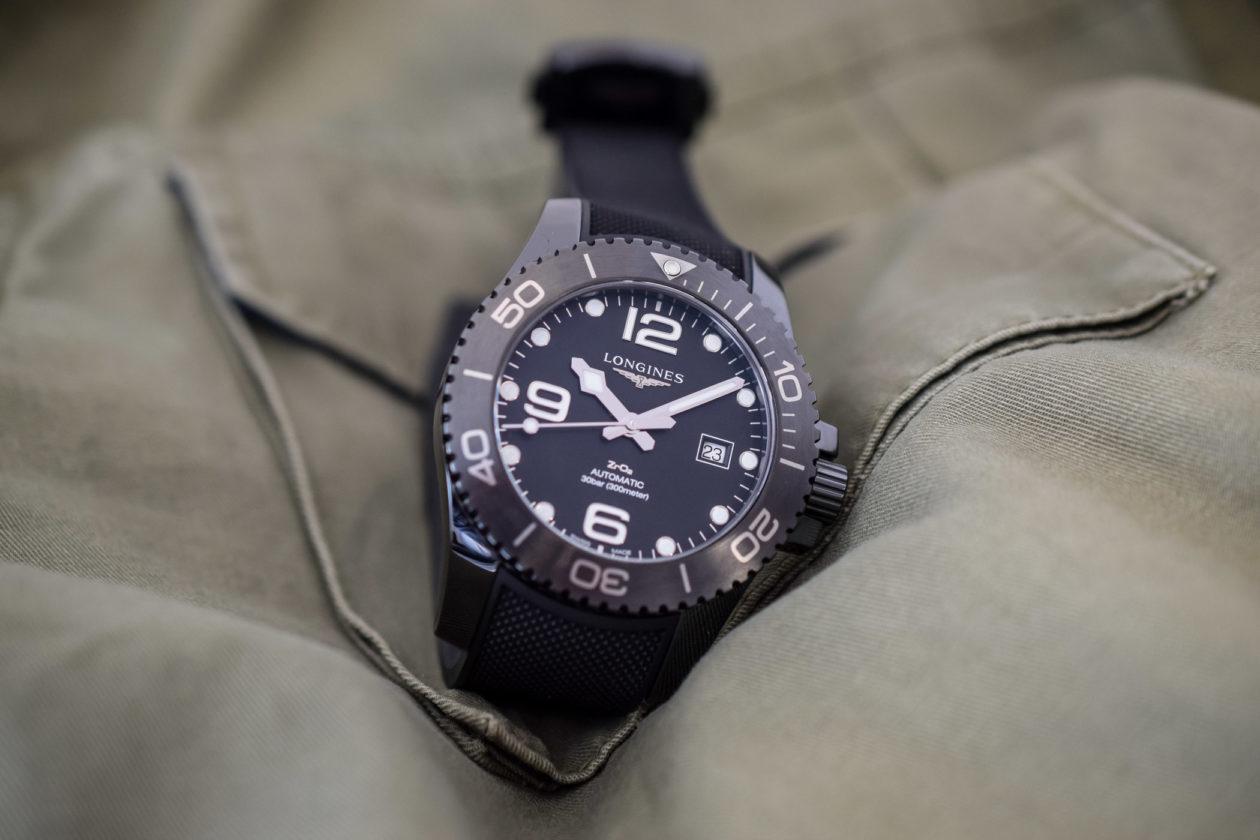 Longines HydroConquest Full Black Ceramic / foto: monochrome-watches.com