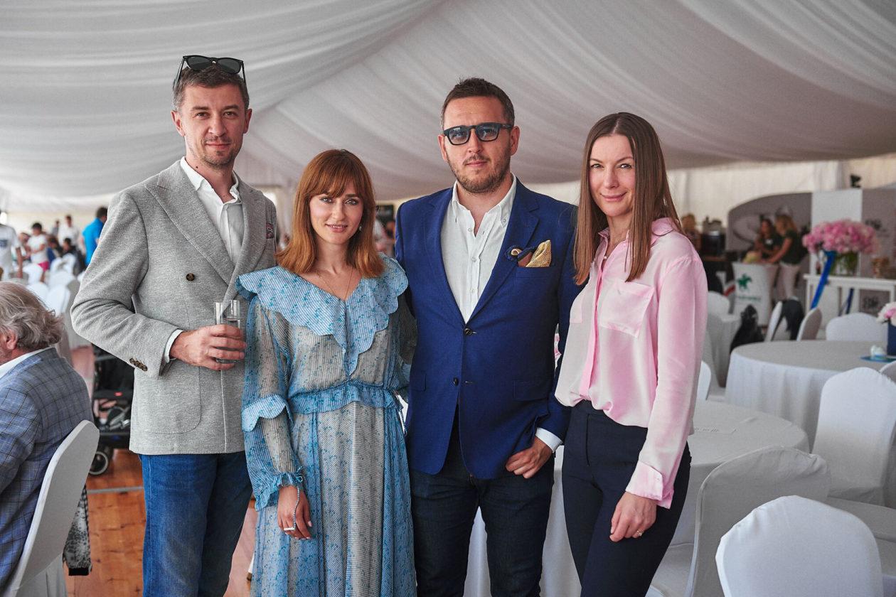 CSIO***** Sopot: Tomasz Kiełtyka, Katarzyna Sosińska (PR Manager Longines), Łukasz Doskocz oraz Krystyna Tęcza (Wydawnictwo Bauer)