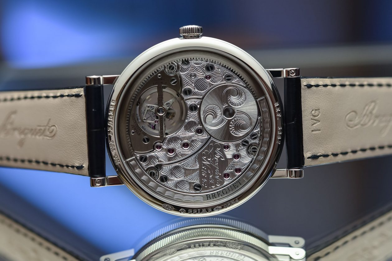 kaliber 581 / foto: Monochrome-watches.com