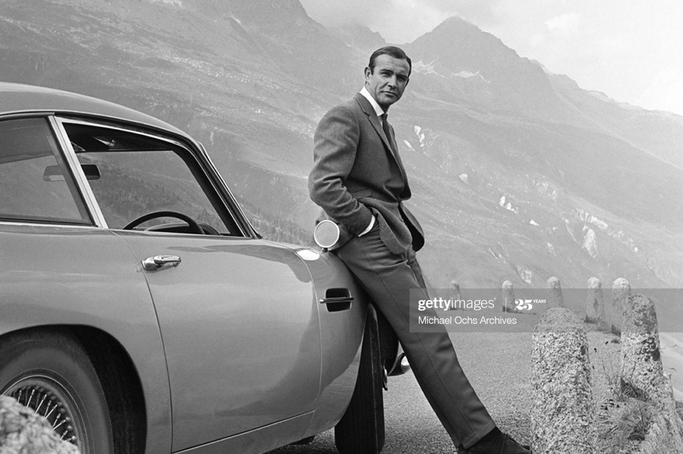 "Sean Connery jako James Bond na planie ""Goldfingera"" / foto: Michael Ochs Archives / Getty Images"