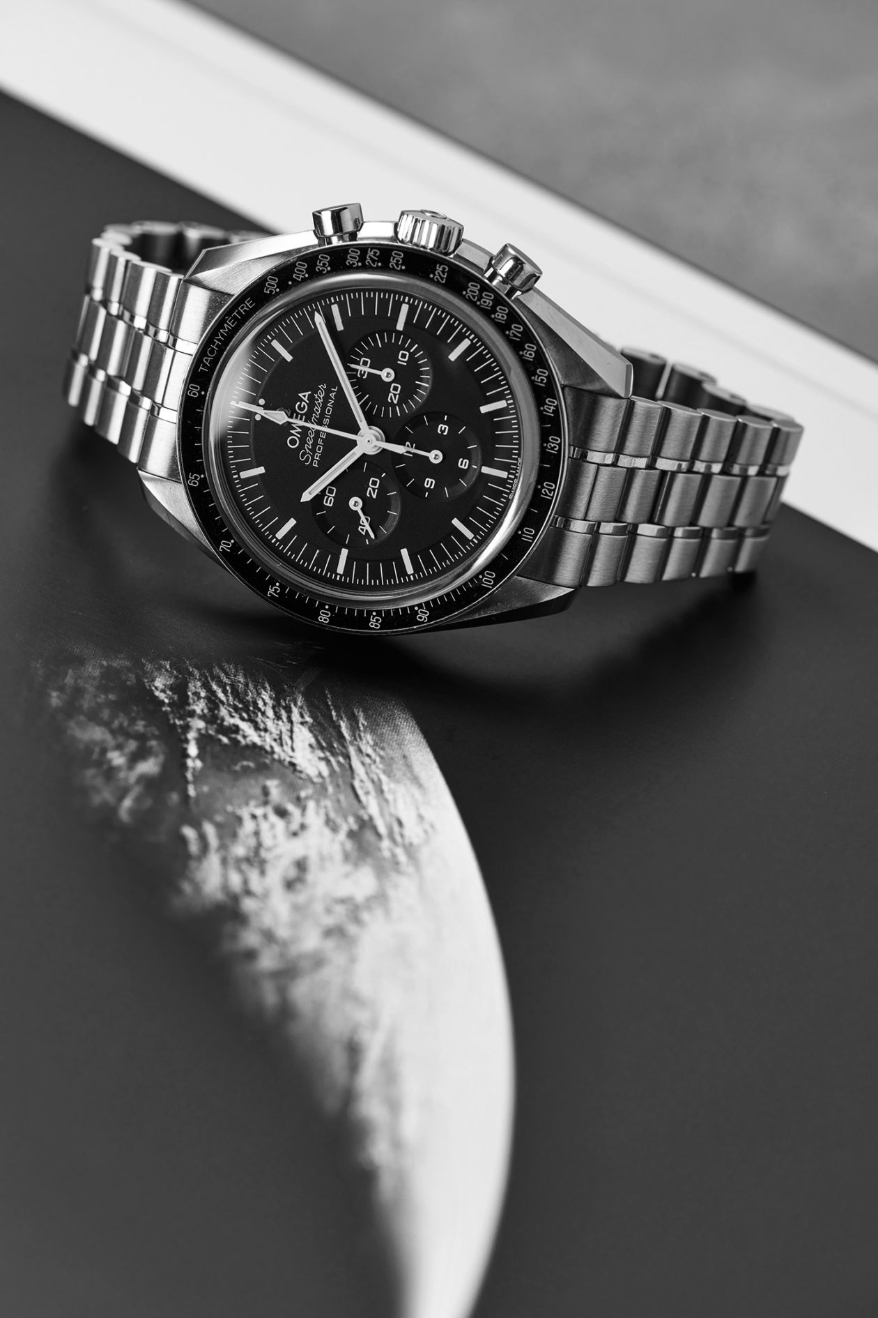 """Omega Speedmaster Professional """"Moonwatch"""" Co-Axial Master Chronometer"""