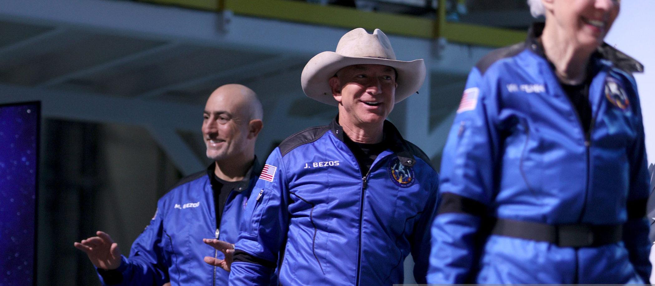 Jeff Bezos, Blue Origin i Omega Speedmaster w kosmosie